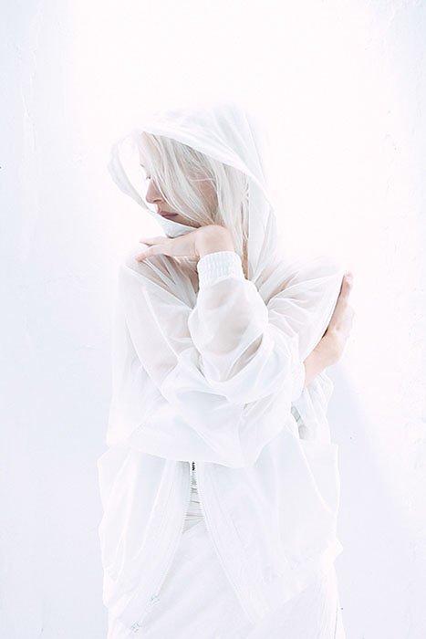 whitewall1.jpg